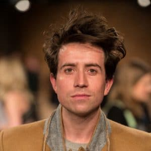 Messy-Hairstyles-for-Men-Grimshaw-