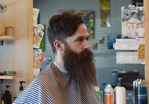 Brian-Burt-Barber-bushy-beard