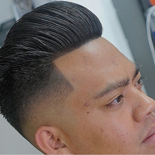 barbereddiejr faded pompadour
