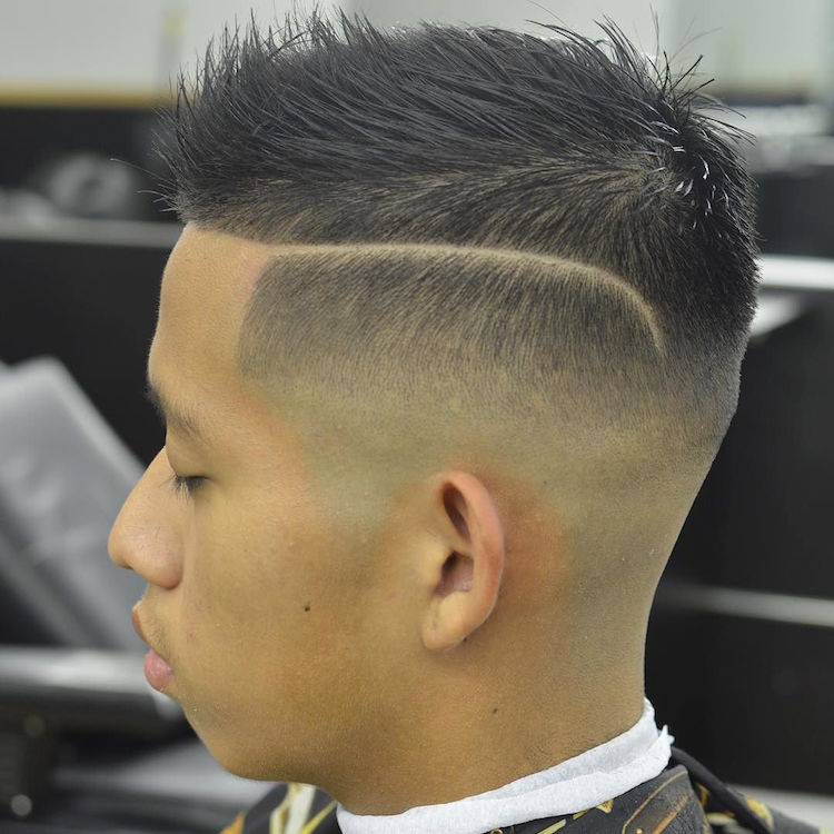 futurethebarber_skin fade hard part textured hair on top