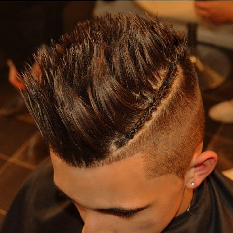kieronthebarber_and Cheeky braid texturized hair on top