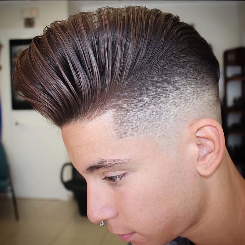 nickthebarber_and skin fade blended with longer hair