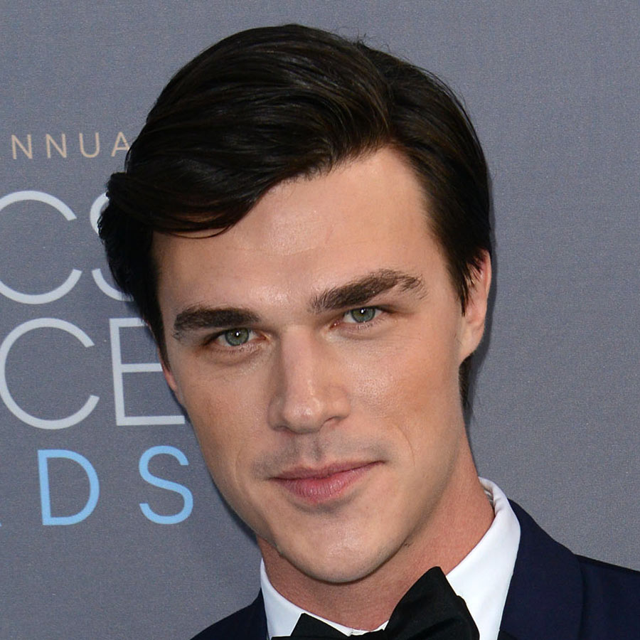 Finn-Wittrock-Modern-Mens-Hair-2016-Getty - 27 Celebrity Hairstyles For Men 2016 - Men's Hairstyle Trends