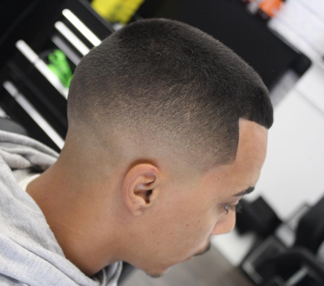 jose_pvlgbarbershop-sharp-fade-longer-on-top