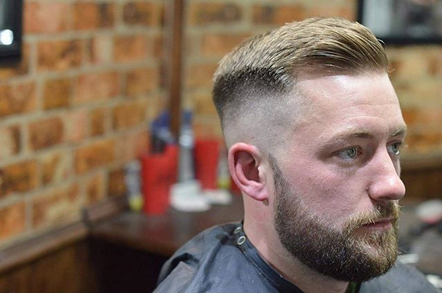 hardgrind_aberdeen Clipper over comb, high and tight bone fade