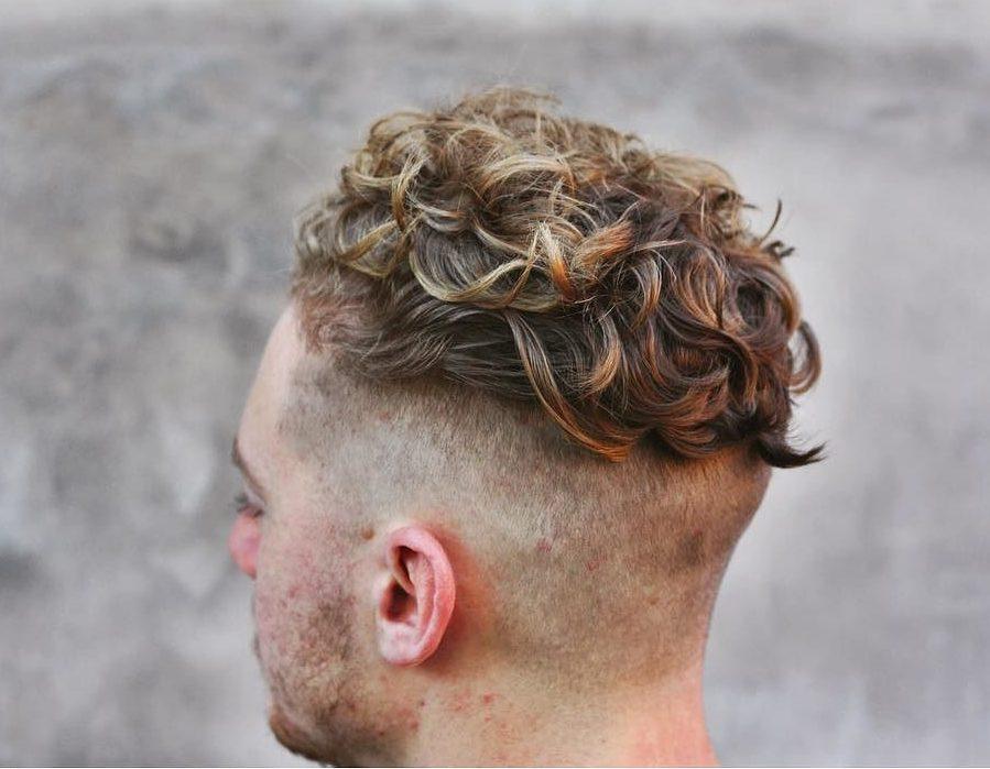 Cool Men S Medium Hairstyles Haircuts