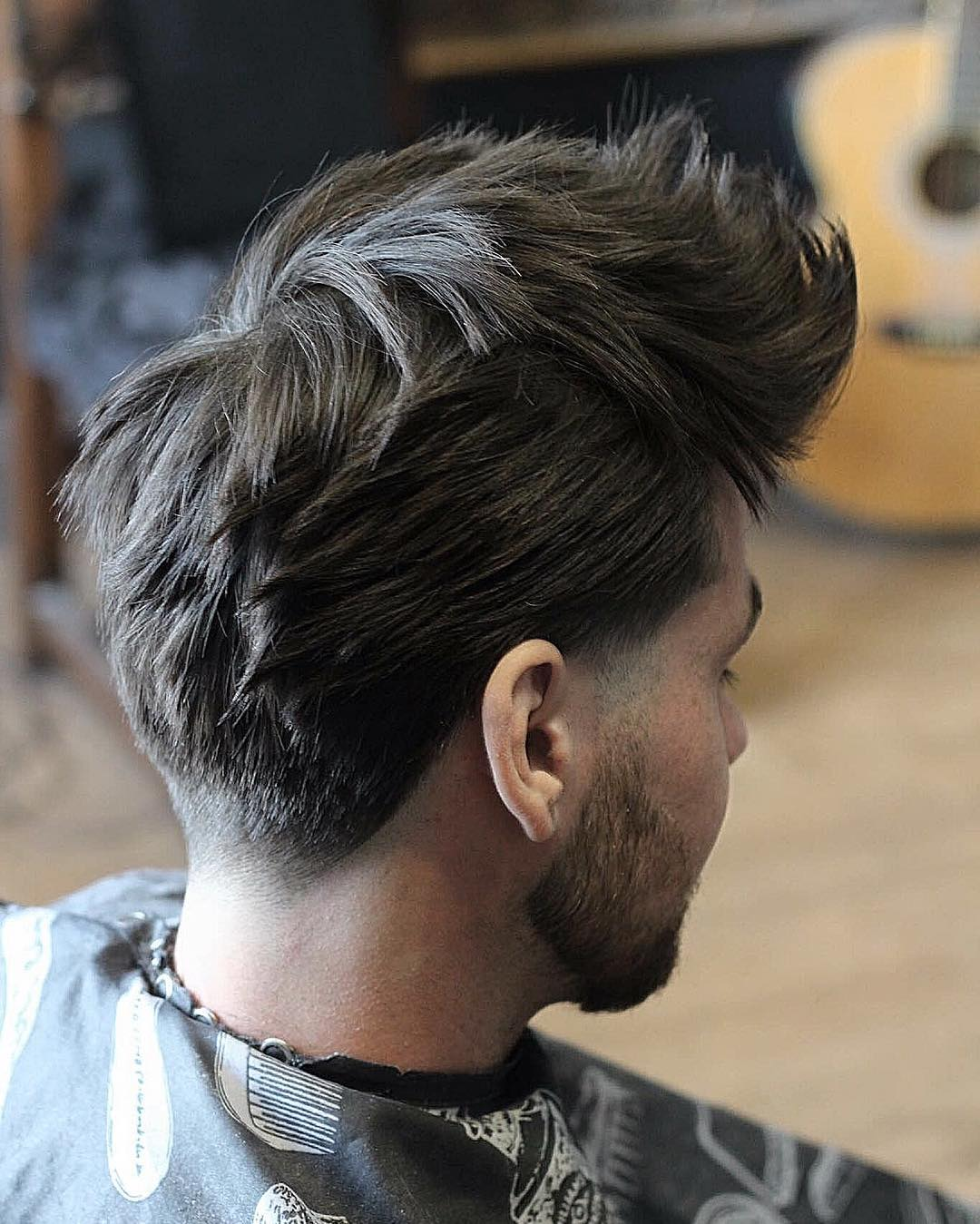conortaaffehair-Textured Spikey Hair From the Back
