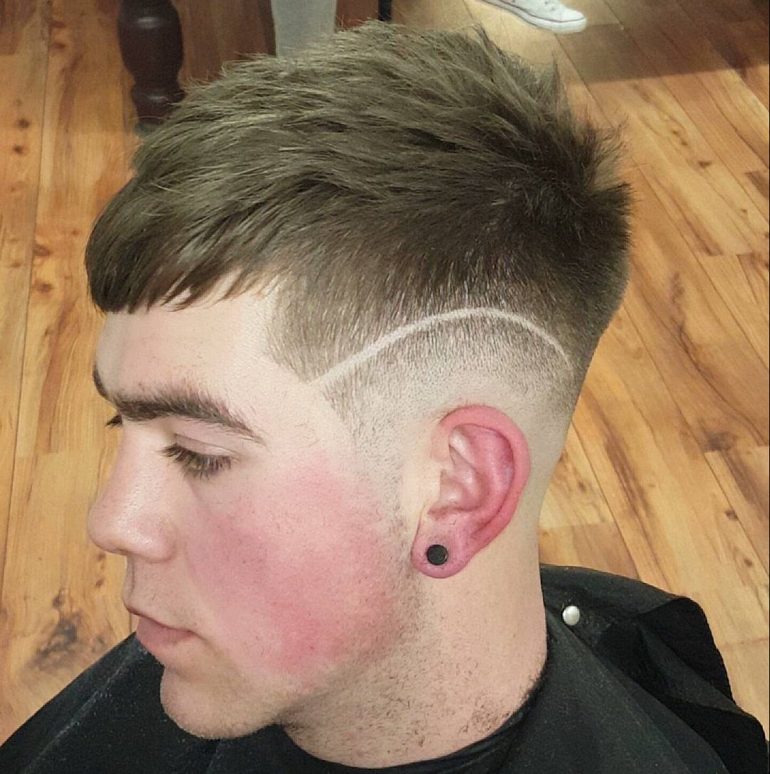 notoriousbarbers_short crop fade surgical line