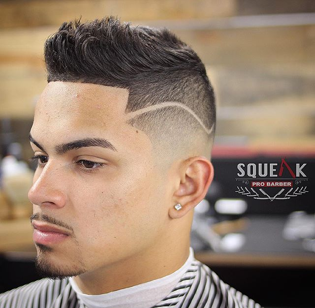 squeakprobarber Skin Mid-Fade Cut