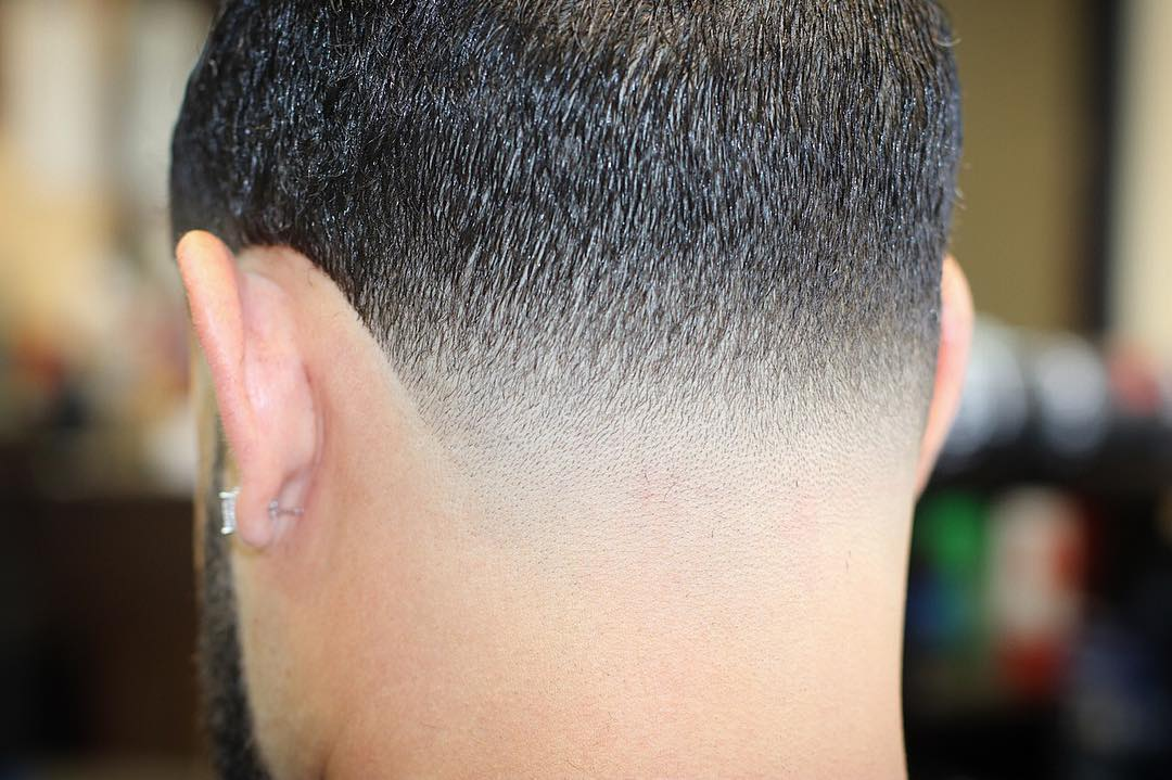 carlosbarber_32-low-fade-neck-taper-new-hairstyles-for-men