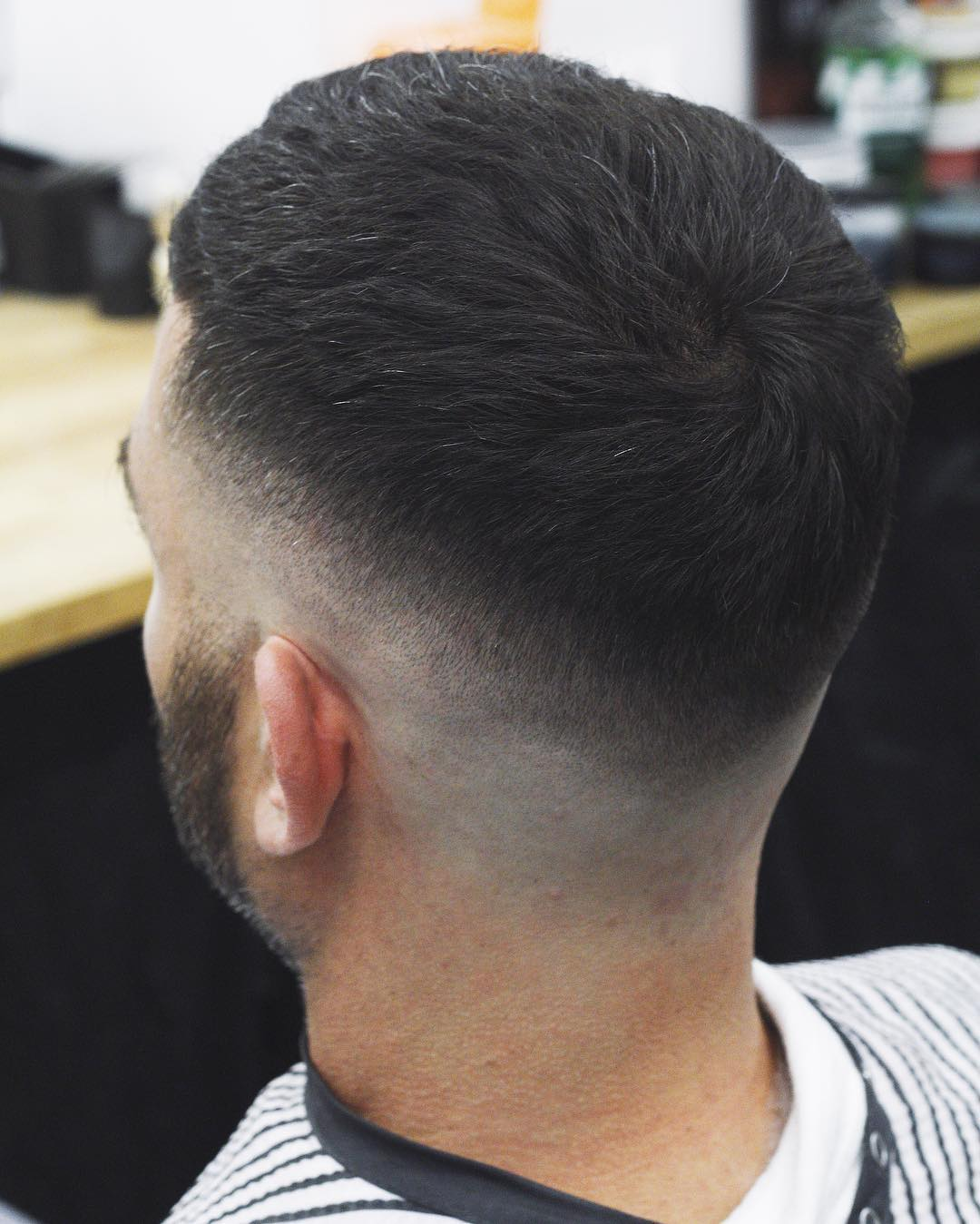 mrliptrot-short-mens-haircuts-mid-taper
