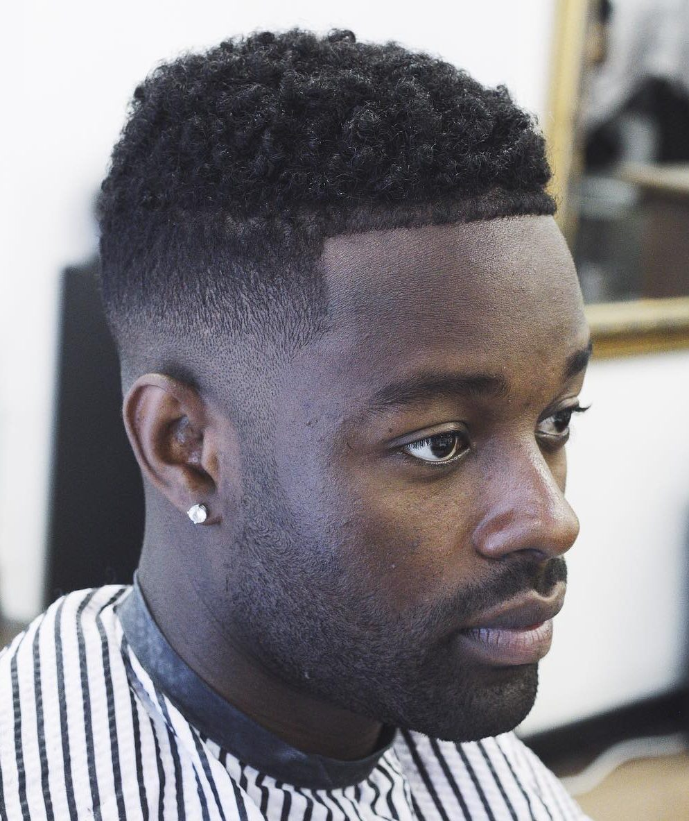 nomadbarberldn-low-fade-high-and-tight-black-hair-men