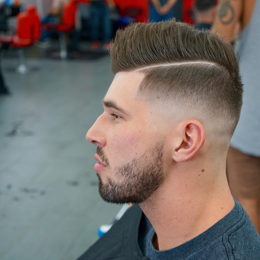 level_137-cool-short-haircut-men