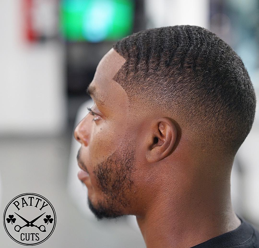 patty_cuts-black-mens-haircut-low-mid-skin-fade-waves