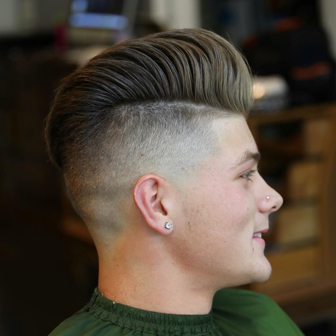 Textured Hairstyles For Men - image beholdthybarber-classic-mens-haircut-pompadour-hairstyle-2017-new on https://alldesingideas.com