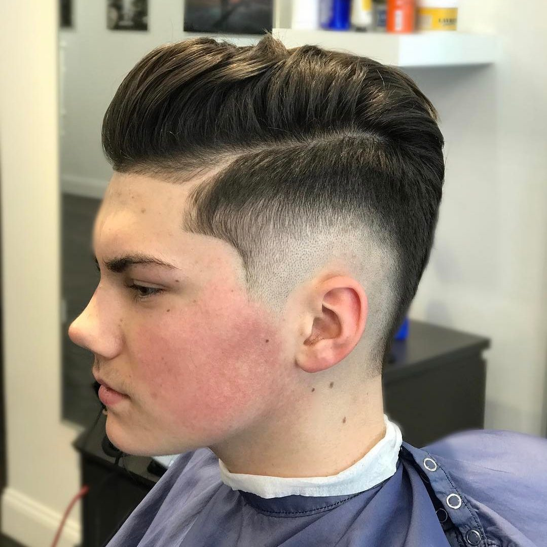 2019 year lifestyle- Over comb haircut fade photo