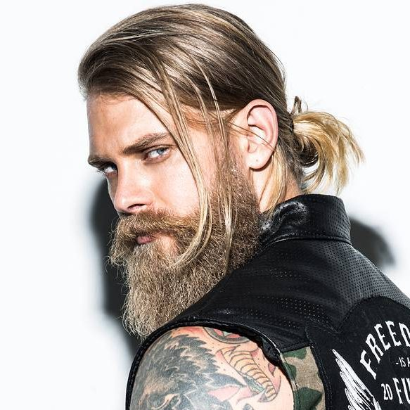 men style long hair 21 bun styles 2930 | spizoiky easy man bun e1491428086457