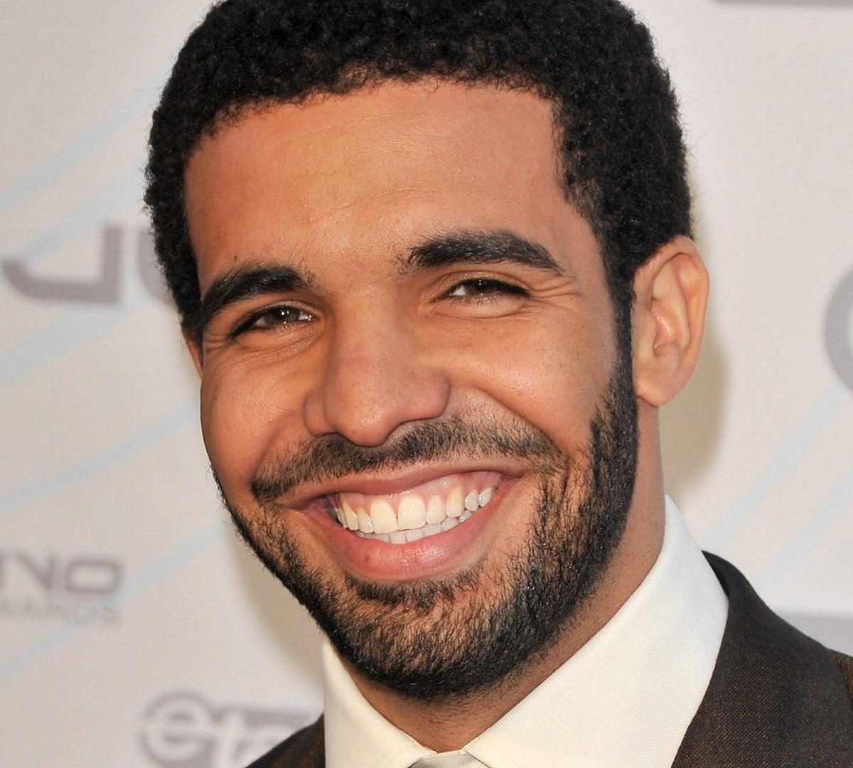 Drake Haircut Men S Hairstyle Trends