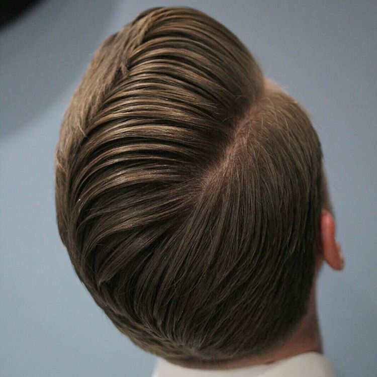 Side part mens hairstyle