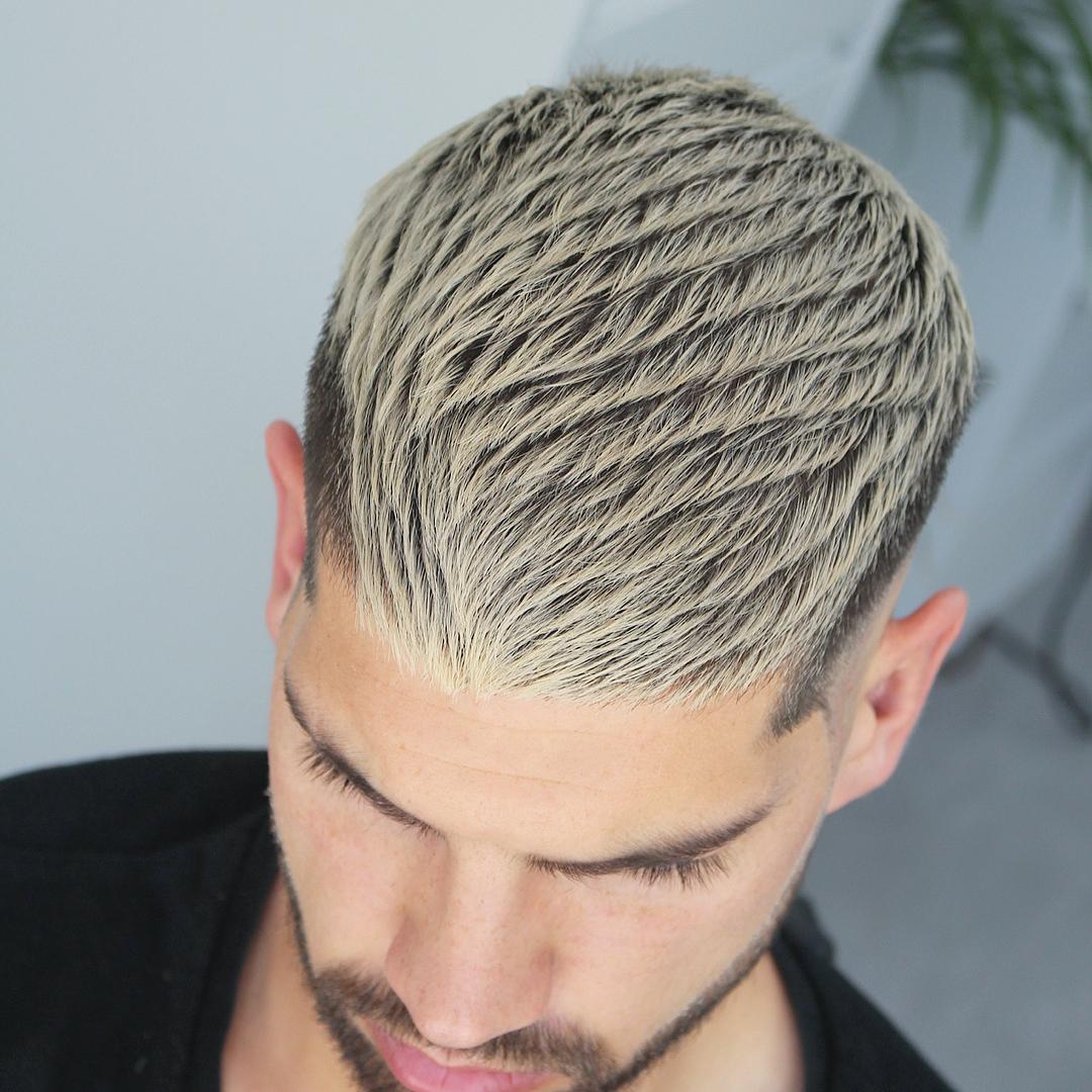 alan_beak textured mens haircut