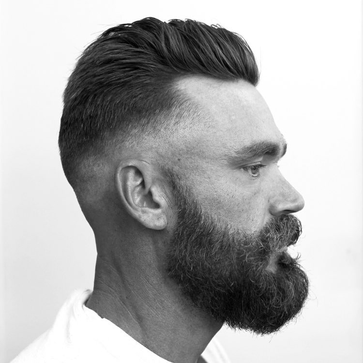 anthonythebarber916 classic mens haircut modern cool beard style