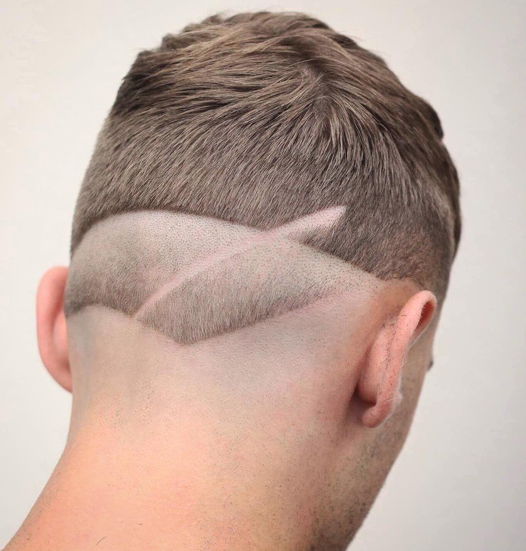 Reverse Fade Haircut + Surgical Line