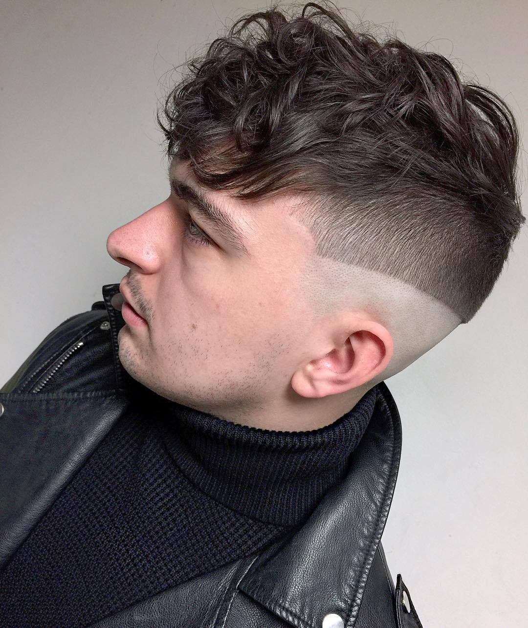 mikeyyyyyyy_ fucking line haircut curly hair