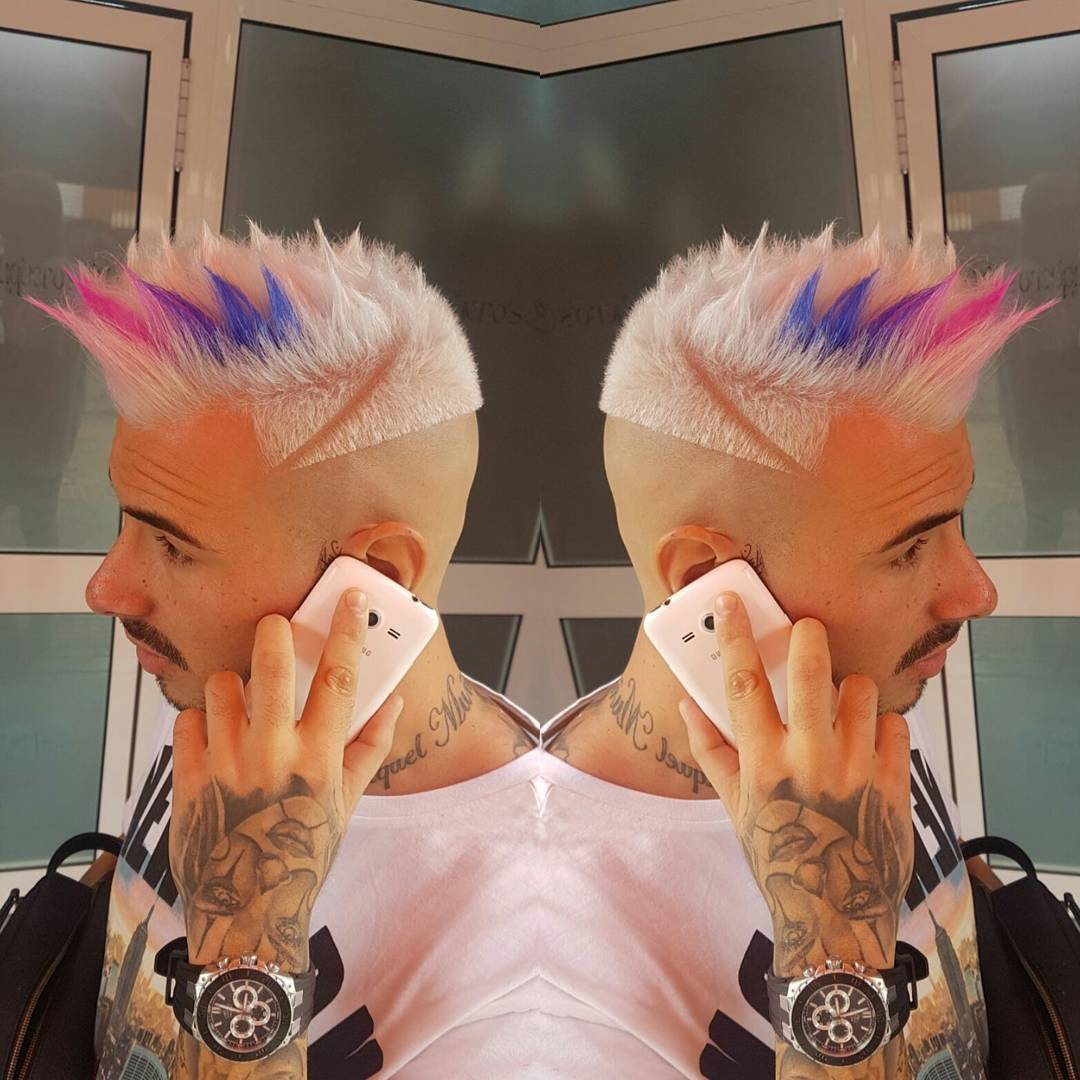 velascopeluqueros spiky mens hairstyle with color pink blue