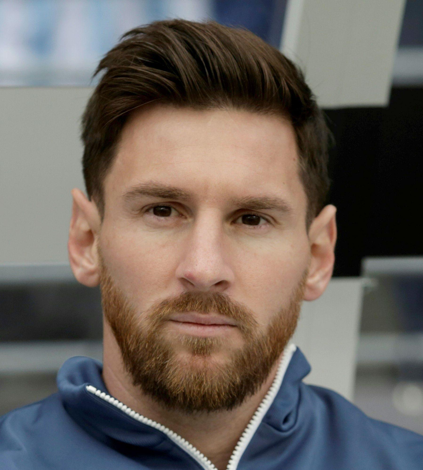 1. Classic Men's Hair. Lionel Messi Haircut