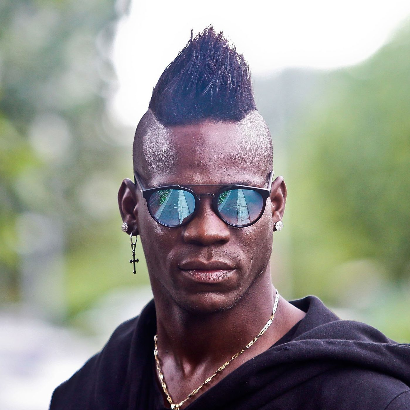 Ligue 1 Club Nice And Italy National Team Striker Mario Balotellis Signature Look Is The Mohawk Whether Its A Tiny Wide Curly Or Straight