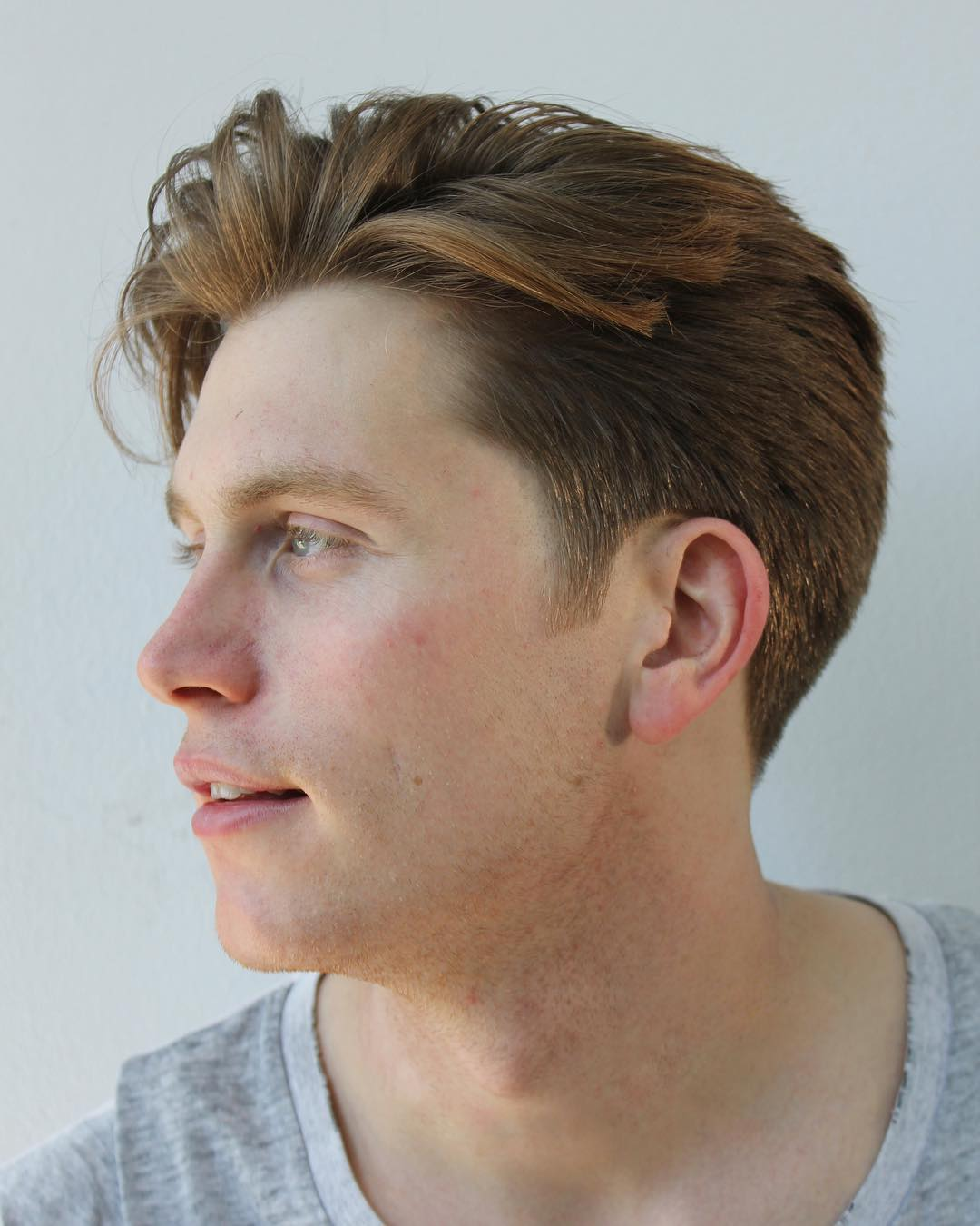 Medium length tapered haircut for men