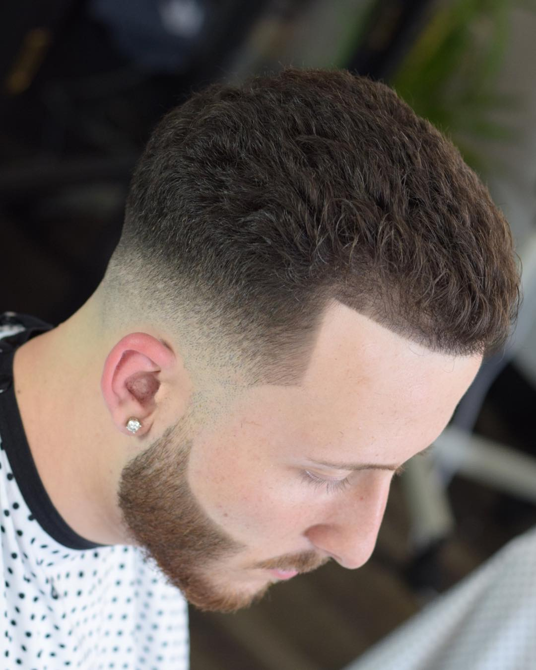Cool short fade haircut for men curly hair and fresh line up