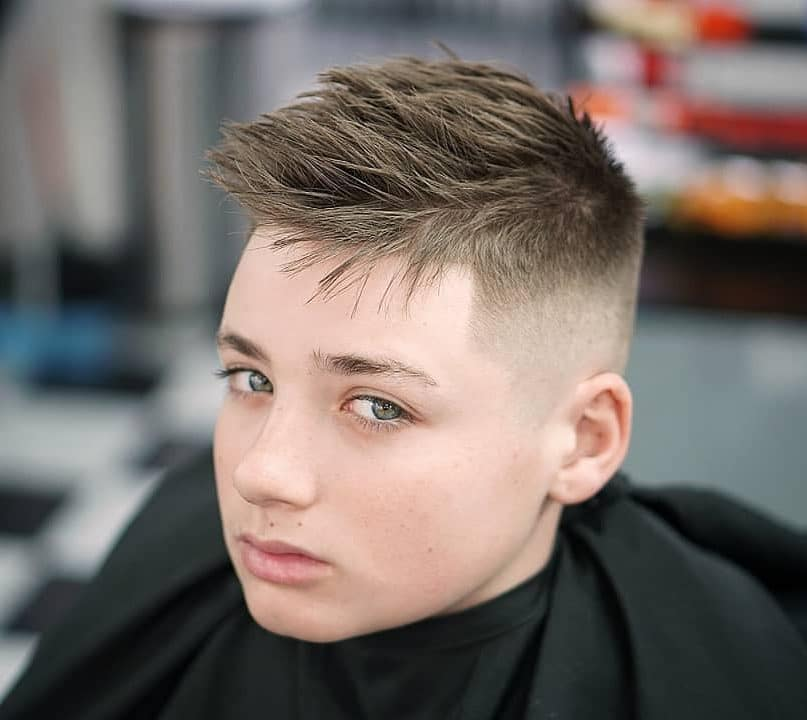 Short spiky haircut for teenage guys