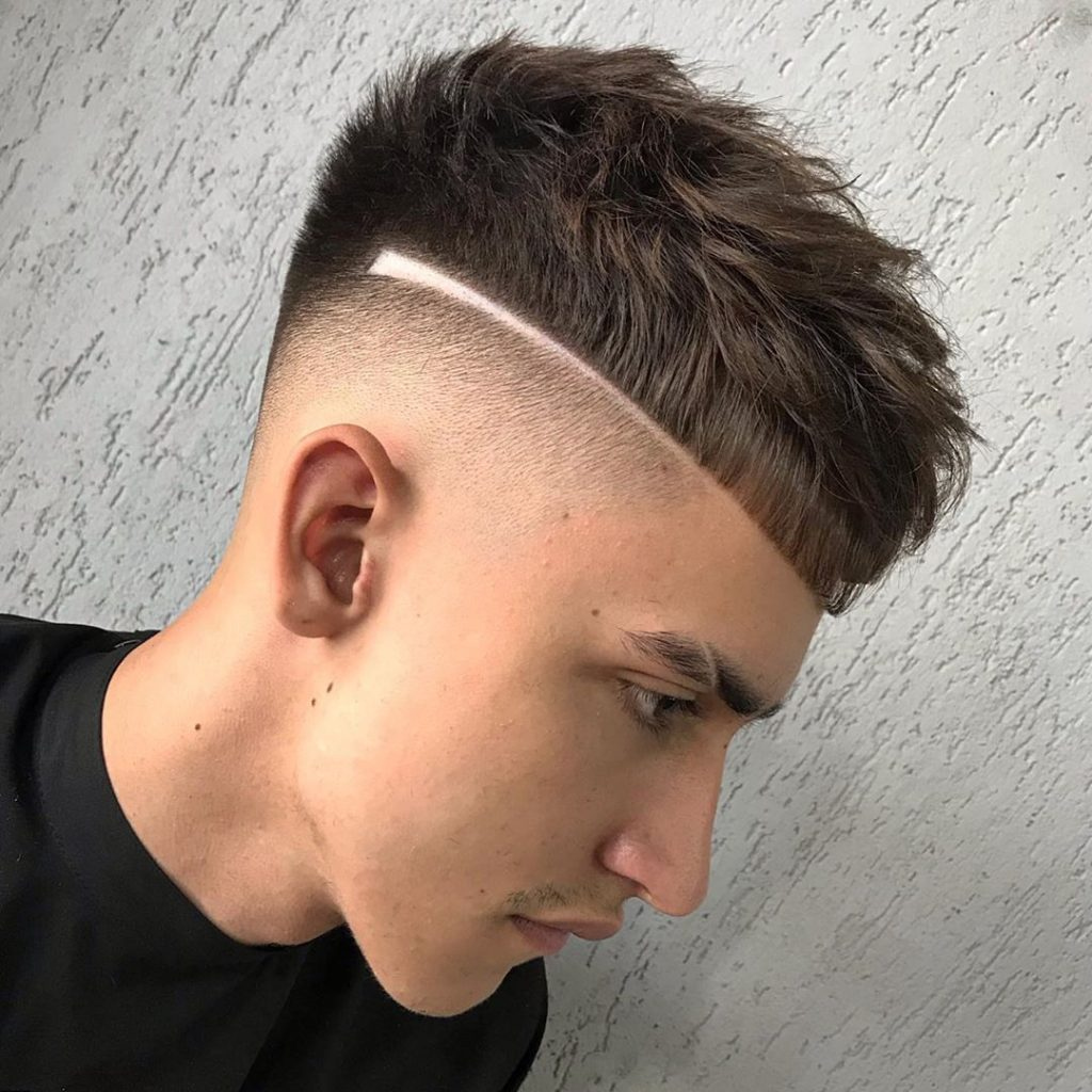 men's haircut with line