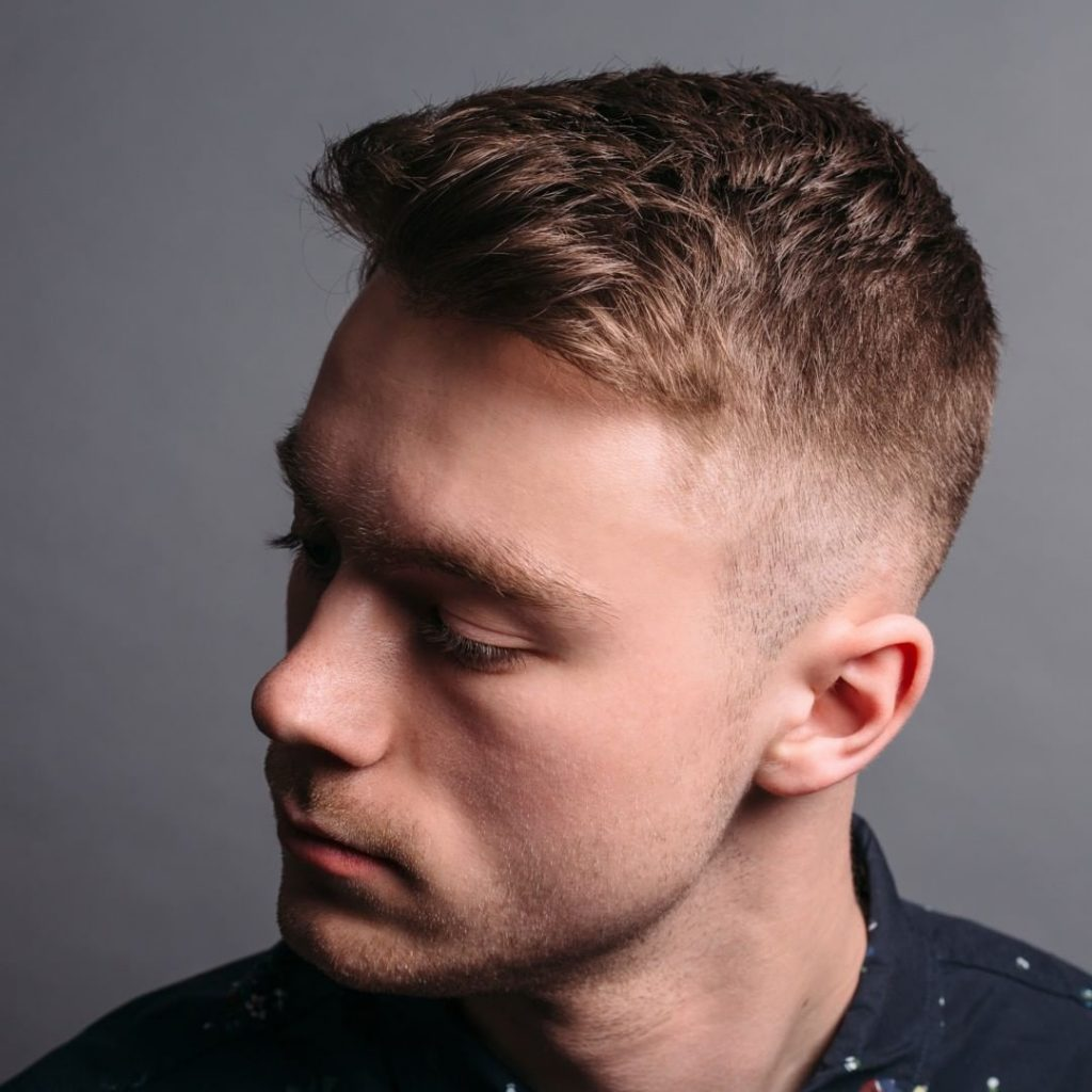 short haircut for men with textured hair