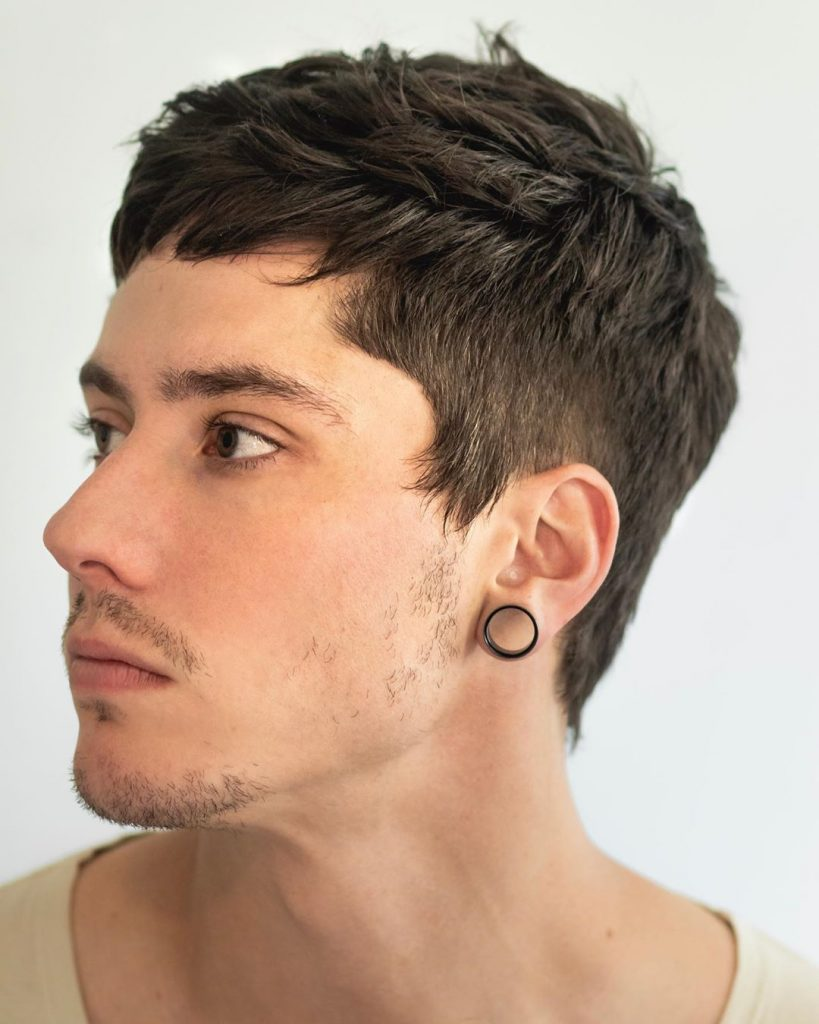 modern haircuts for men with thick hair