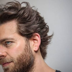How to Wear the Flow Haircut