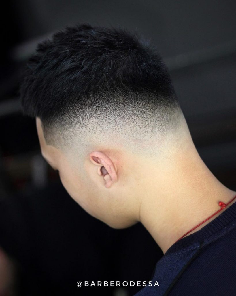 Short haircut with mid fade