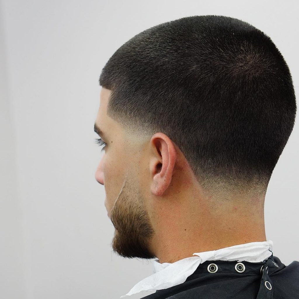 Men's short haircuts - taper fade haircut