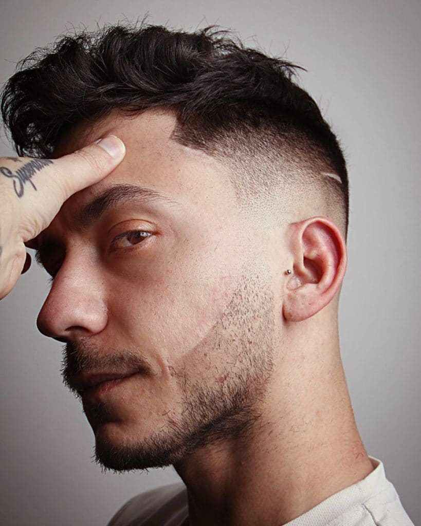 mid fade mens haircut