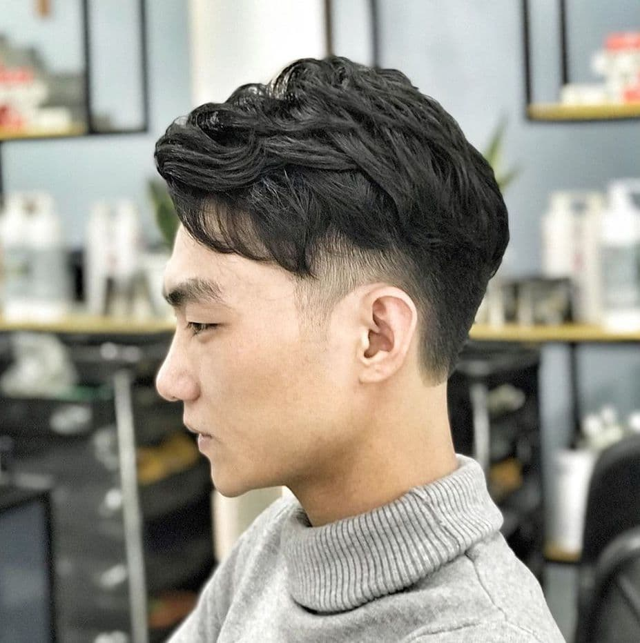 Medium-short length hairstyles for men