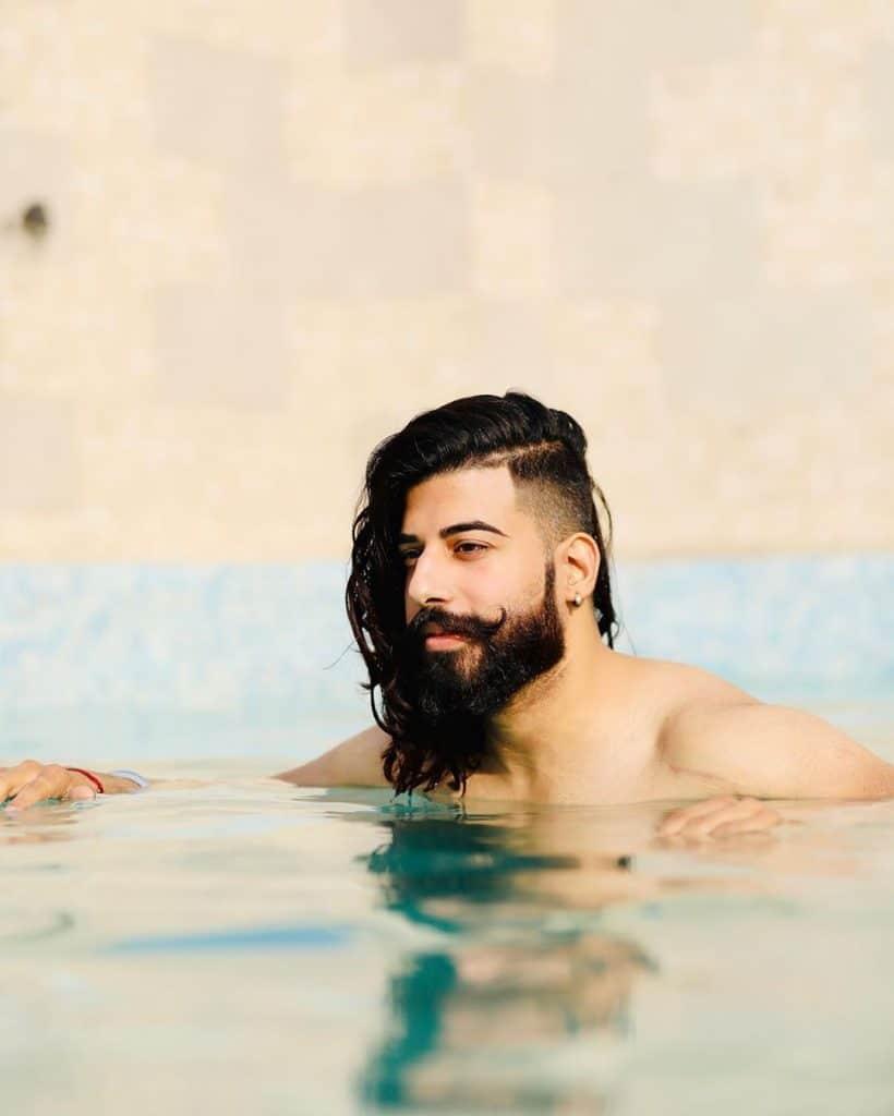 Men's long hair undercut fade