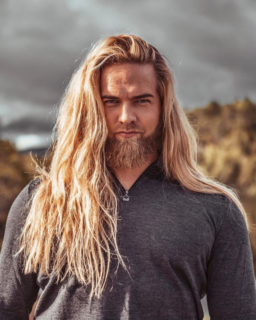 Very long hair haircuts for men