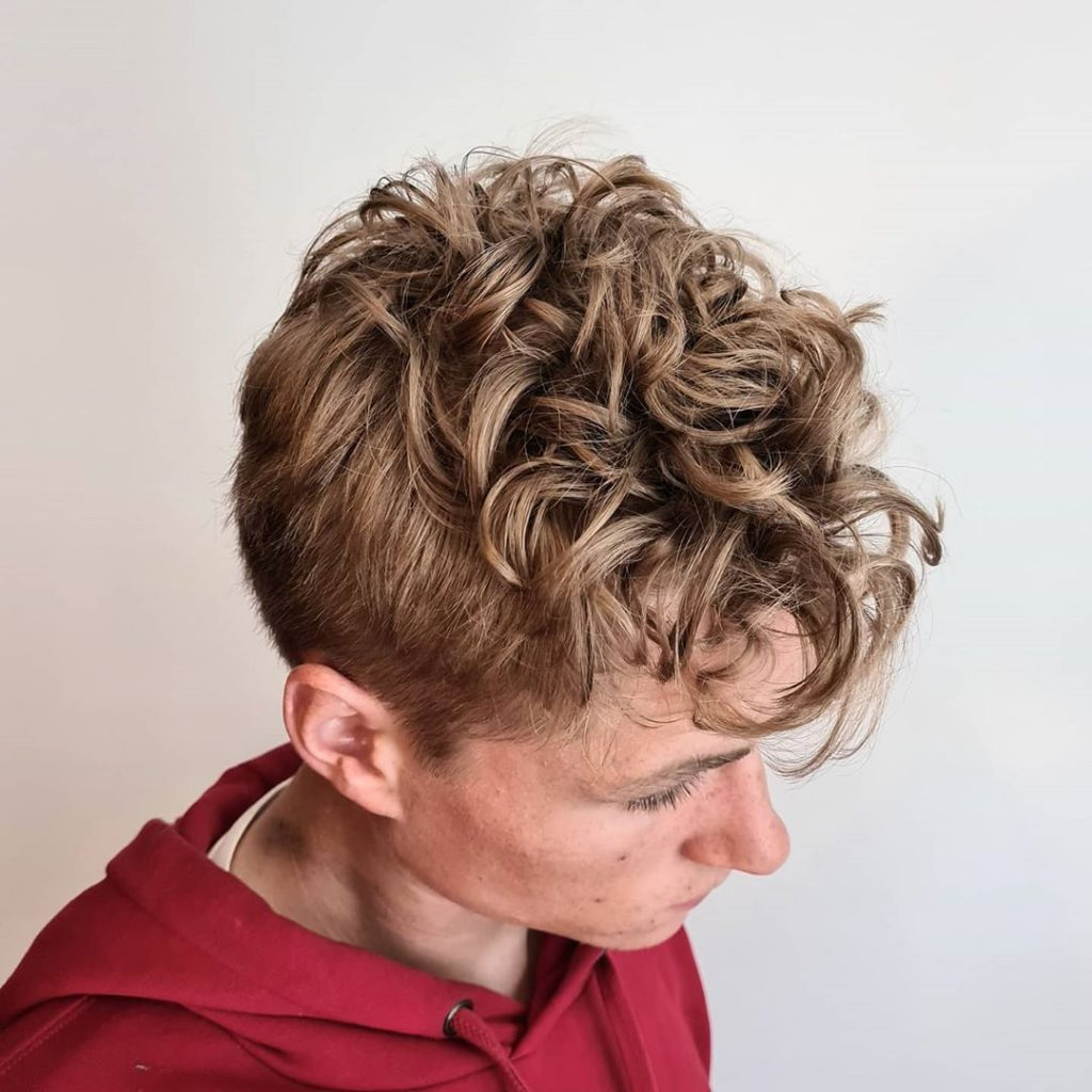 Curly perm men