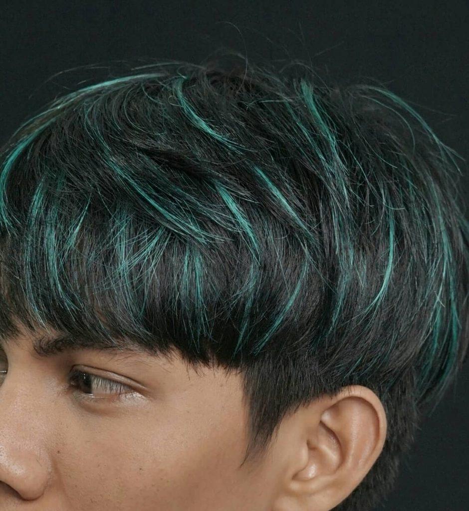 Green hair highlights